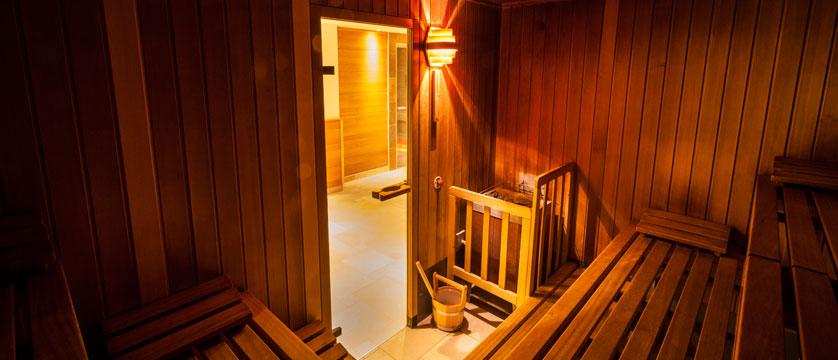 Hotel Postwirt, Söll, Austria - sauna detail.jpg